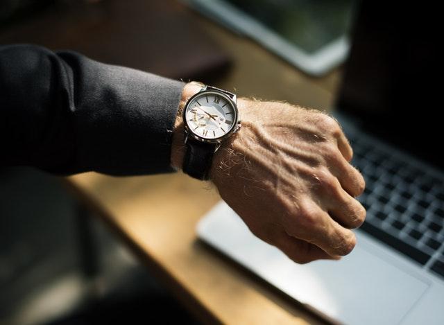 Med napake pri zaposlovanju spada tudi predolgo čakanje